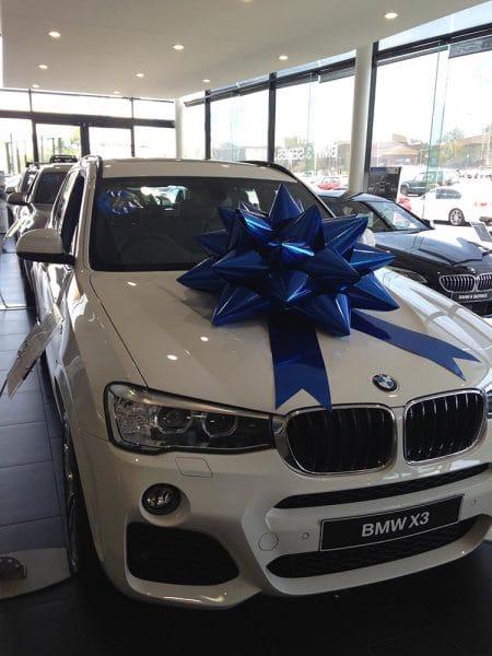 Christmas Marketing Campaign | BMW | Large Car Bows | Bowzz